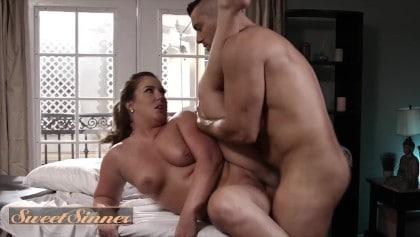 My big White Dick dig my girlfriend's virgin pussy nxxx