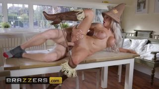 brazzersxnxx.com hot witch of oz girl magical fuck in doggy style